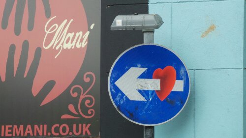 A pierced heart on Holywell Lane