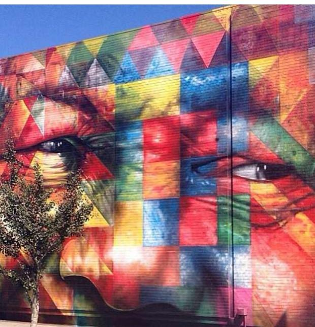 The supremely talented Brazilian street artist Eduardo Kobra painted this amazing tribute in LA