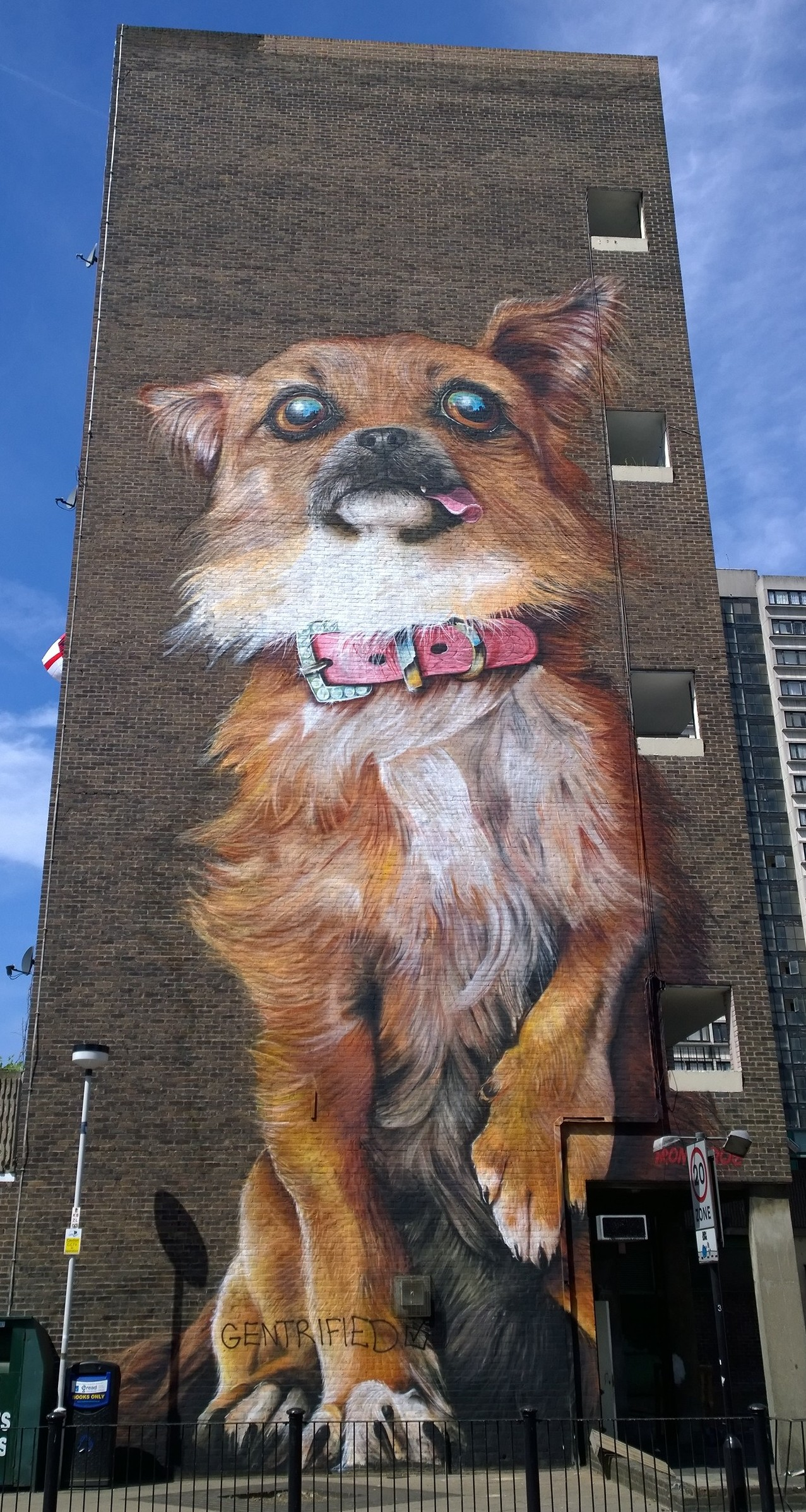 Street Artists Boe & Irony Paint a Giant Chihuahua on