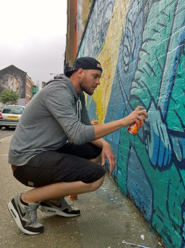 Captain Kris hard at it on Sclater Street