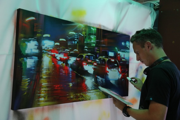 Dan Kitchener live painting in Old Street