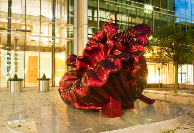 Love & Peace sculpture from Canary Wharf, London